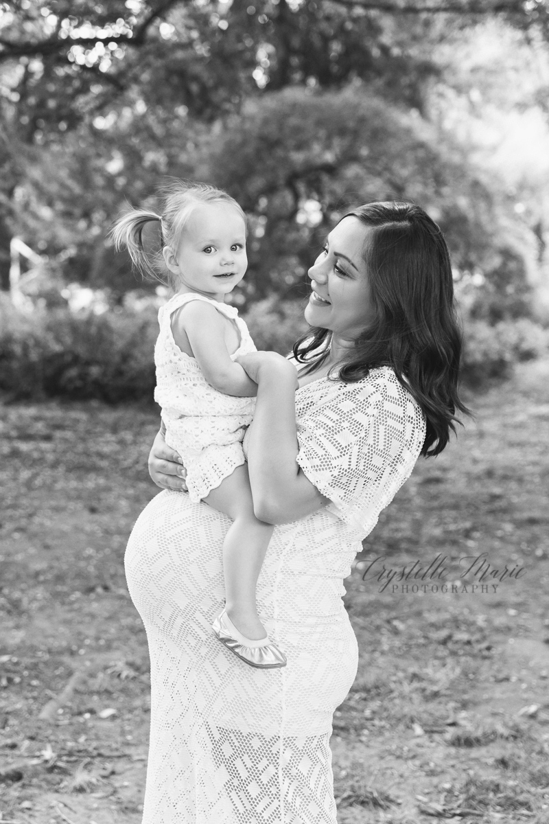 pregnant mom with toddler maternity session