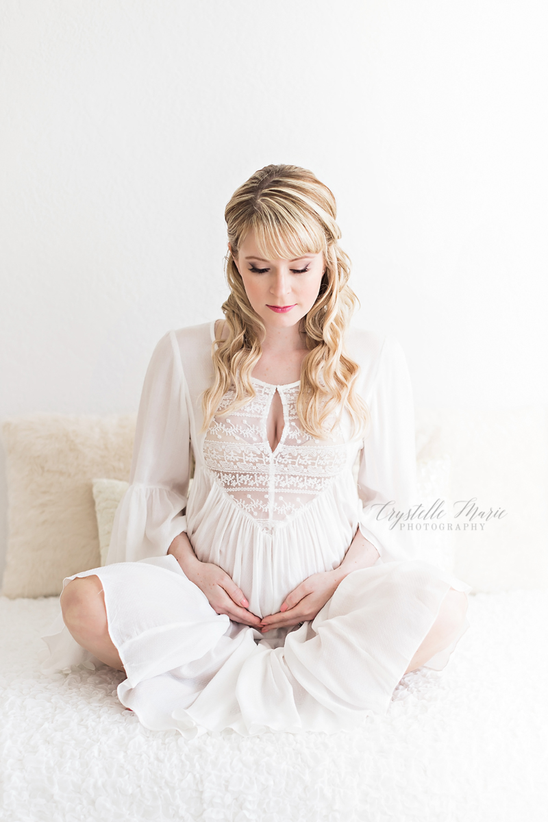 Jacksonville oregon maternity and motherhood photographer